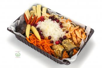 Ассорти корейских закусок