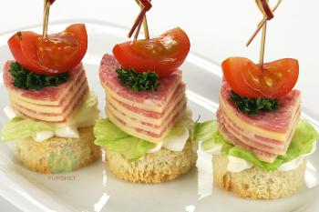 Канапе - Мишмаш салями с сыром