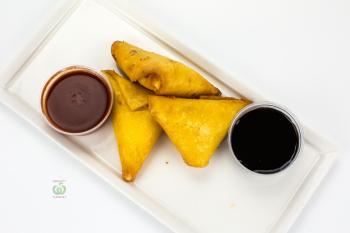 Самбосы мексиканские с сыром