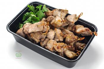 Шашлык мини из свинины в прованских специях на шпажке